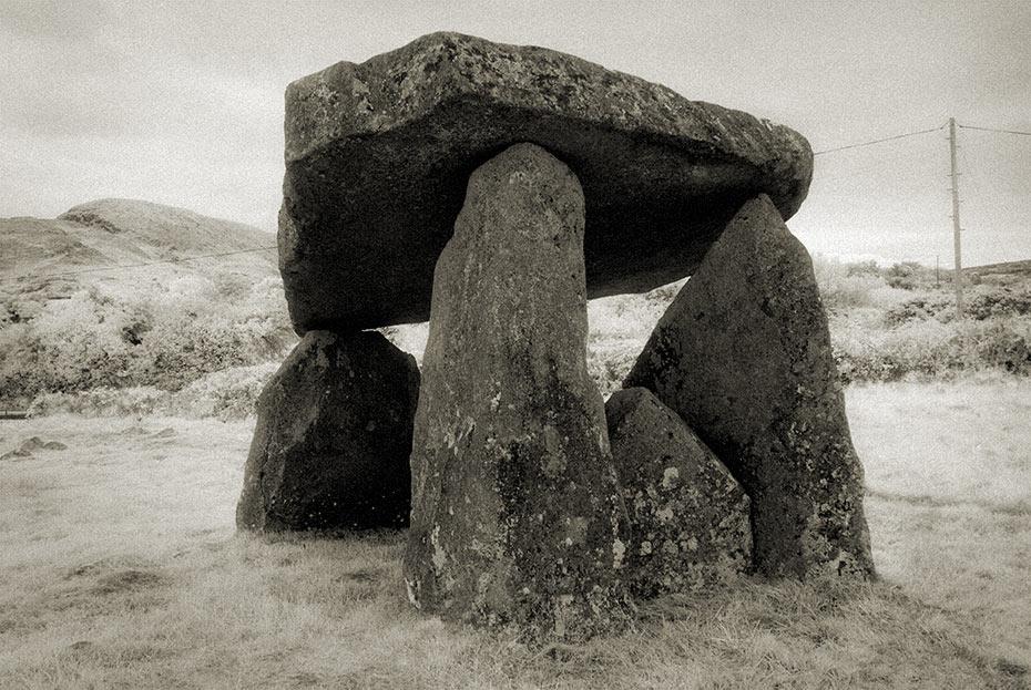 ballykeel-dolmen-2