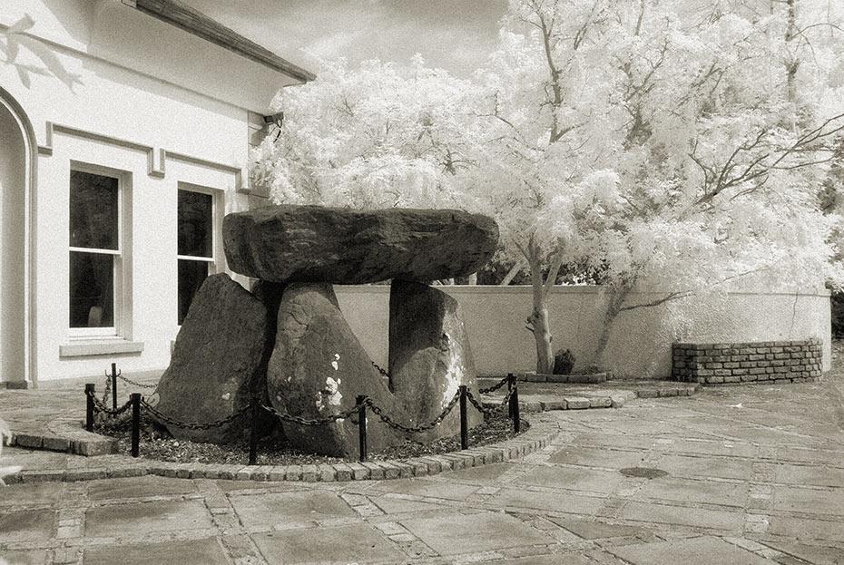 ballylumford-dolmen-2