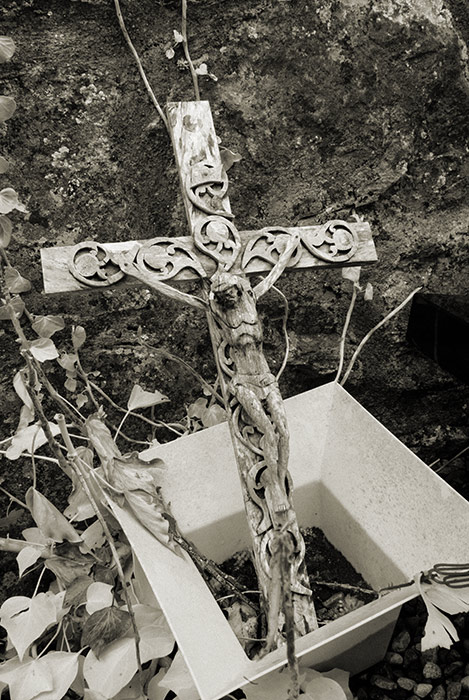 Creevelea Abbey, wooden cross