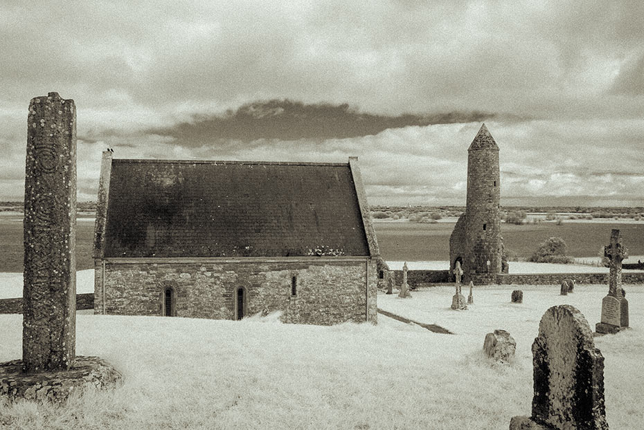 North Cross (replica), Temple Connor, Romanesque church and round tower, Clonmacnoise monastic settlement