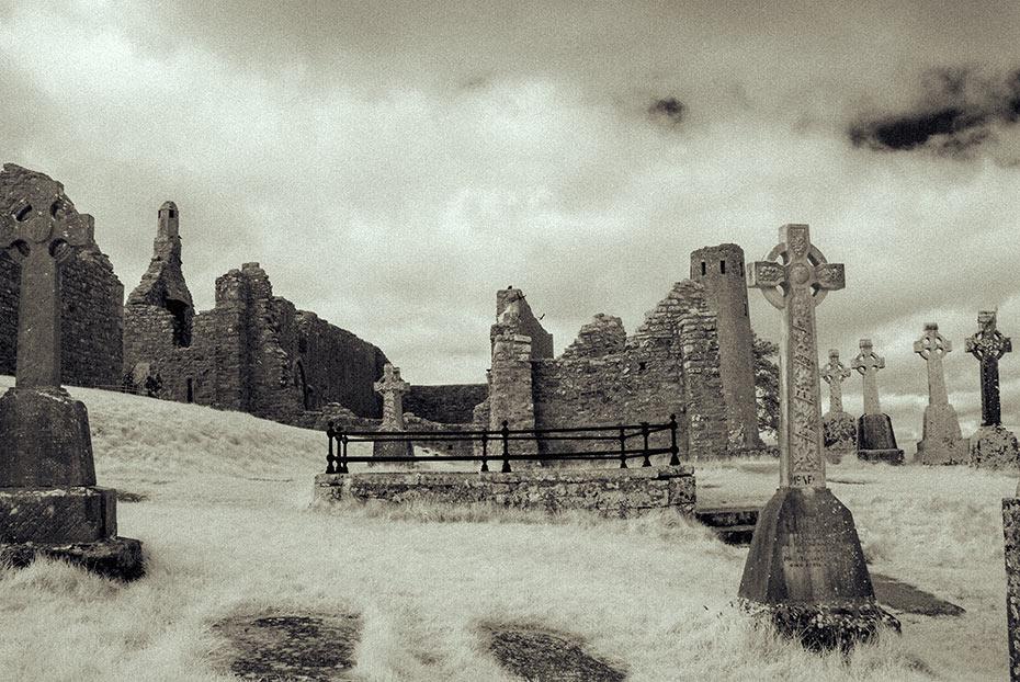 Clonmacnoise monastic settlement ruins