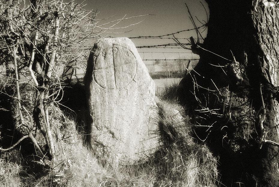 drumaqueran-chi-rho-stone-1