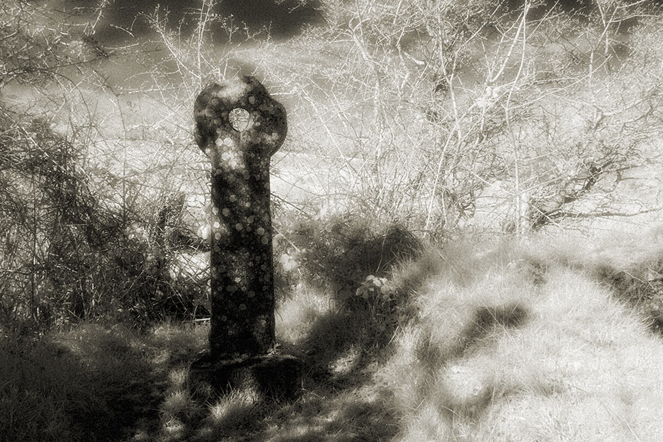 layd holed-stone cross