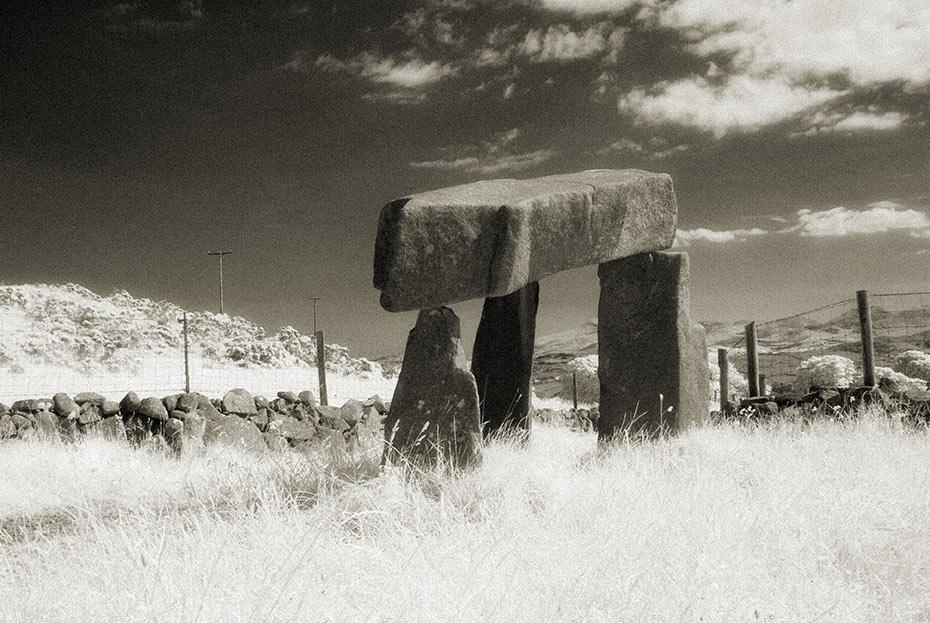 legananny-dolmen-2