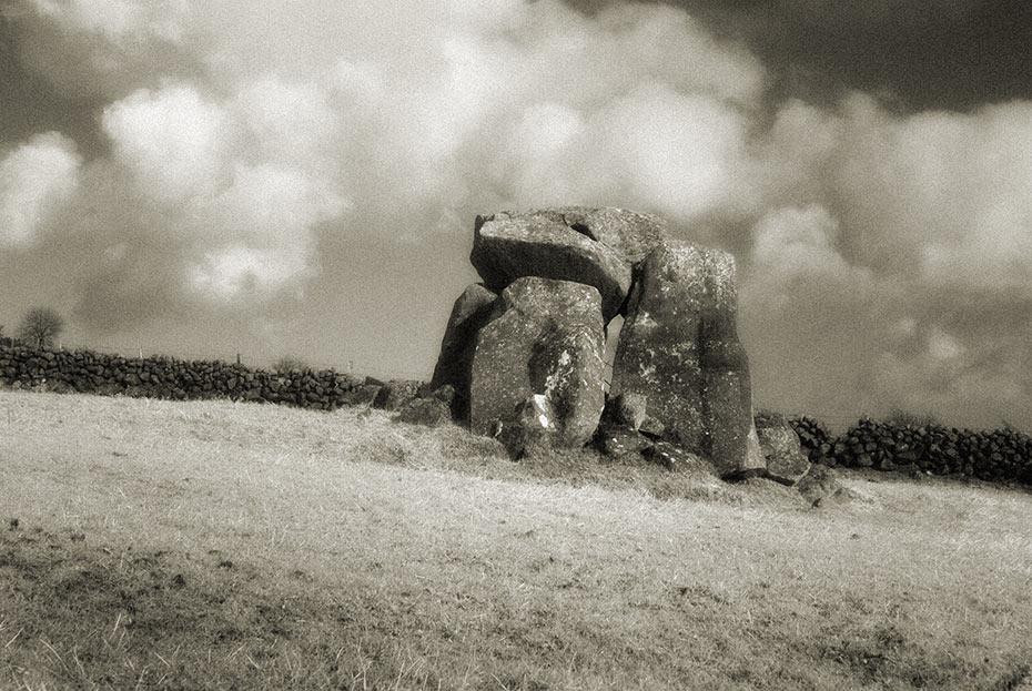 ticloy-dolmen-1