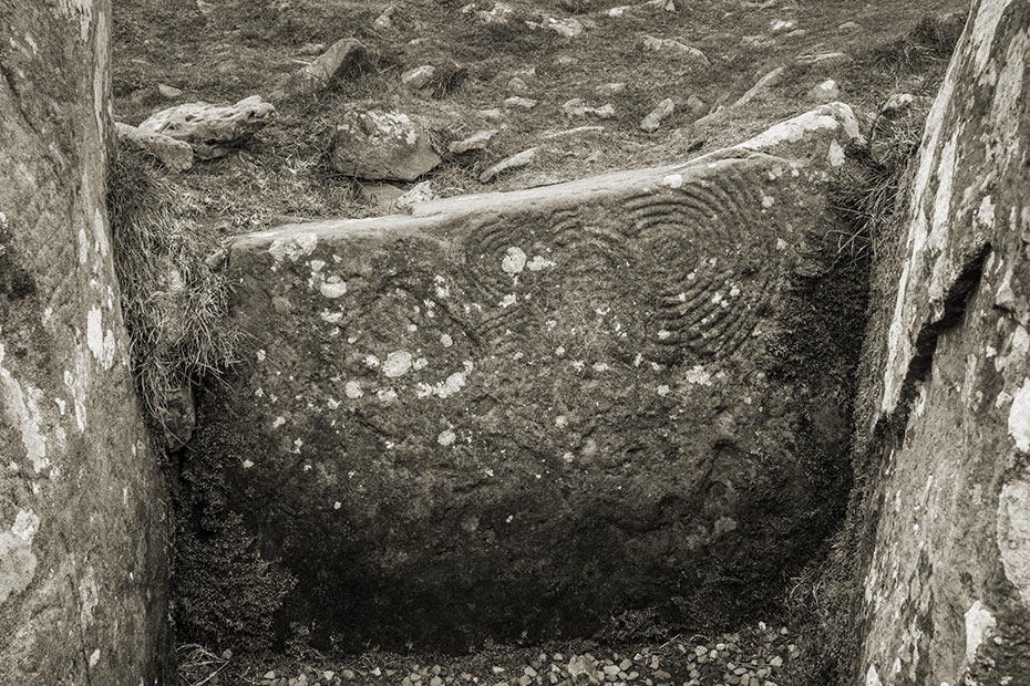 Cairn U, Loughcrew Megalithic Complex