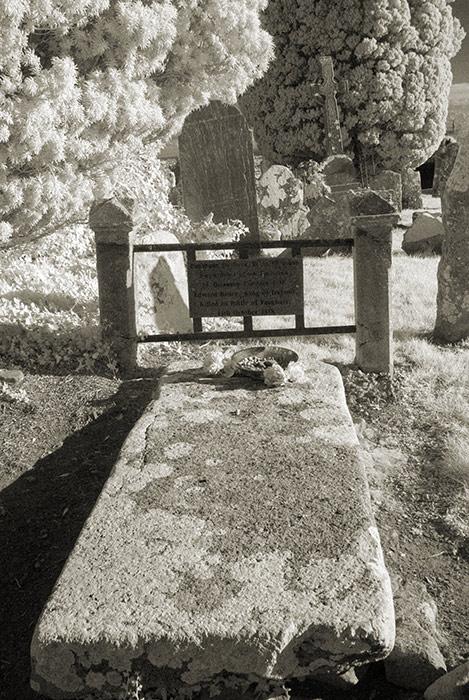 Grave of Edward Bruce