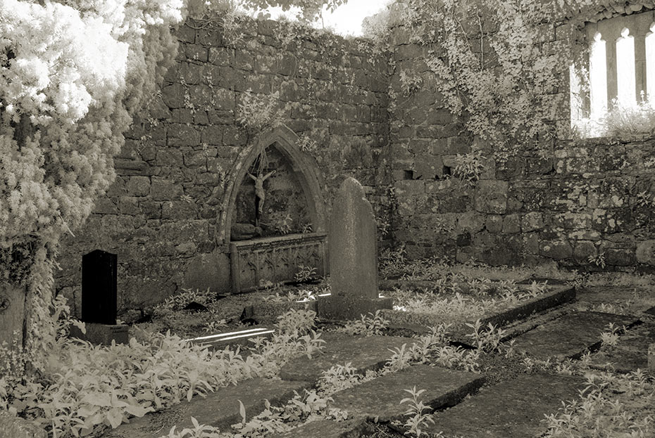 Old Kiltartan Church and Graveyard