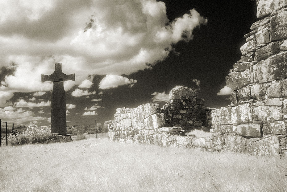 Inishmacsaint High Cross
