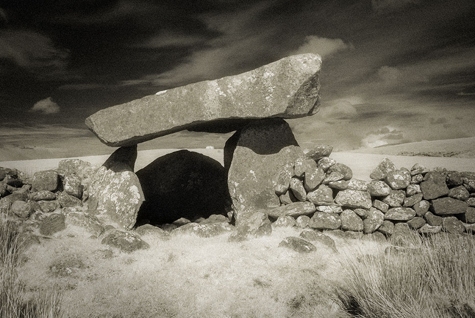 The Giant's Griddle - Tawnatruffaun Dolmen