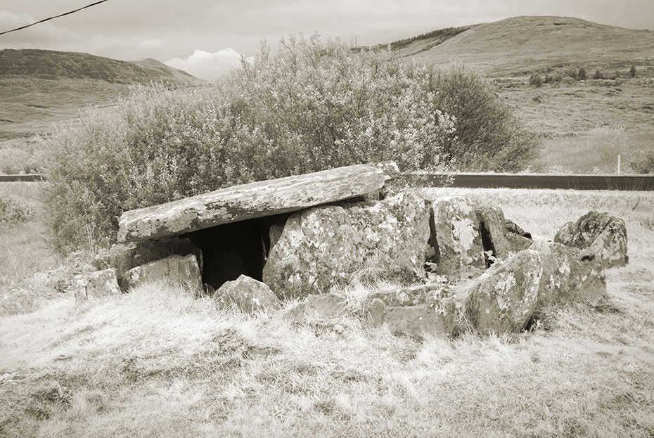 Srahwee Wedge Tomb